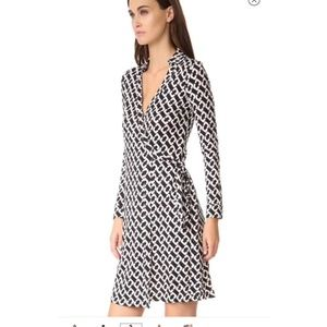 NEW DVF chain black Jeanne Two Dress